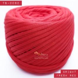 ไหมผ้า (T-shirt yarn) สีแดงสดสว่าง (Bright Fresh Red)