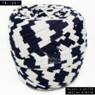 ไหมผ้า (T-shirt yarn) สีช่องขาวสลับดำ แถบยาวกลางๆ (Black & White Medium Stripe)